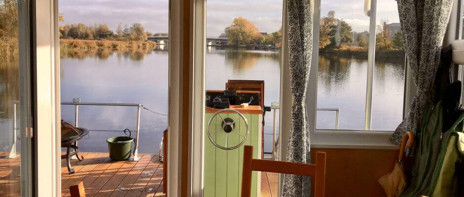 Houseboat holidays - by houseboat on the Peene